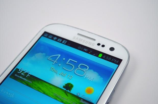 Verizon-Galaxy-S-III-Display-620x4104