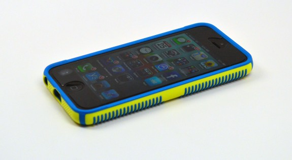 Speck CandyShell Grip iPhone 5 Case Review - 1