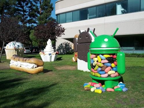 jellybean statue on Google lawn