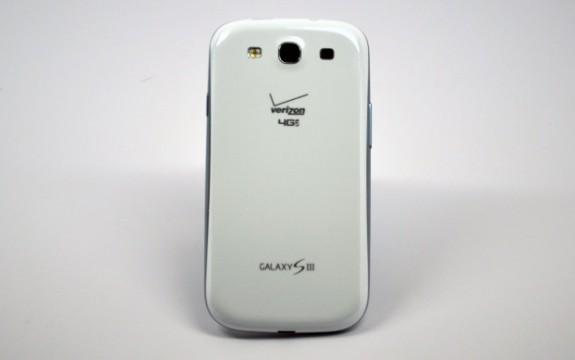 Verizon-Galaxy-S-III-Rear-620x389-575x3601