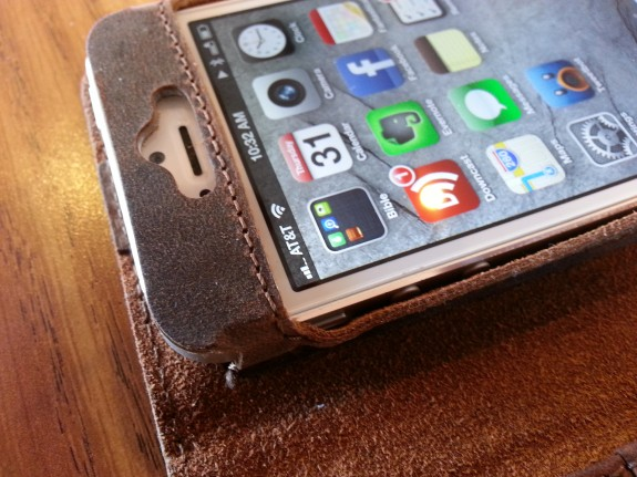 acase collatio iPhone 5 case buttons
