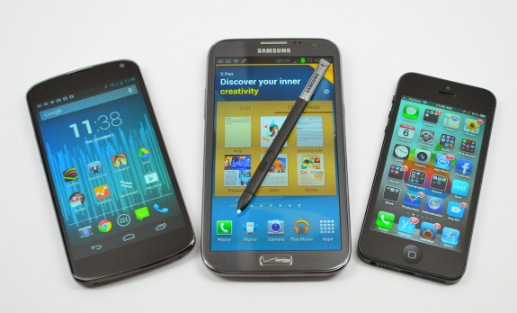 Galaxy-Note-2-vs-iPhone-5-vs-Nexus-4-09-575x348
