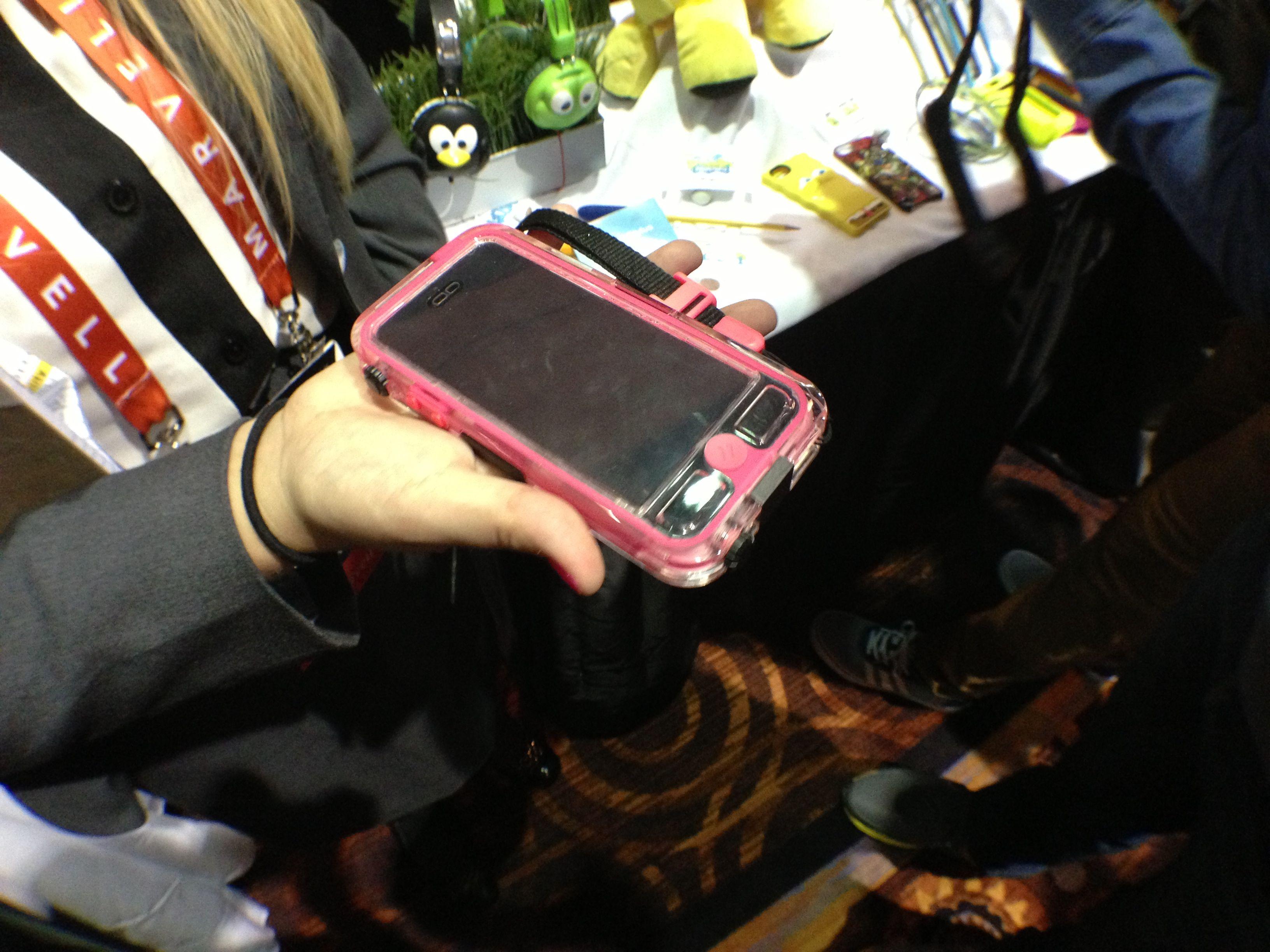 Griffin Waterproof iPhone 5 Case - 5