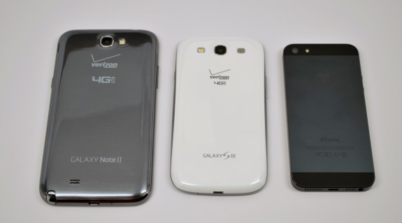 Samsung Galaxy Note 2 vs Galaxy S3 vs iPhone 5 - 4