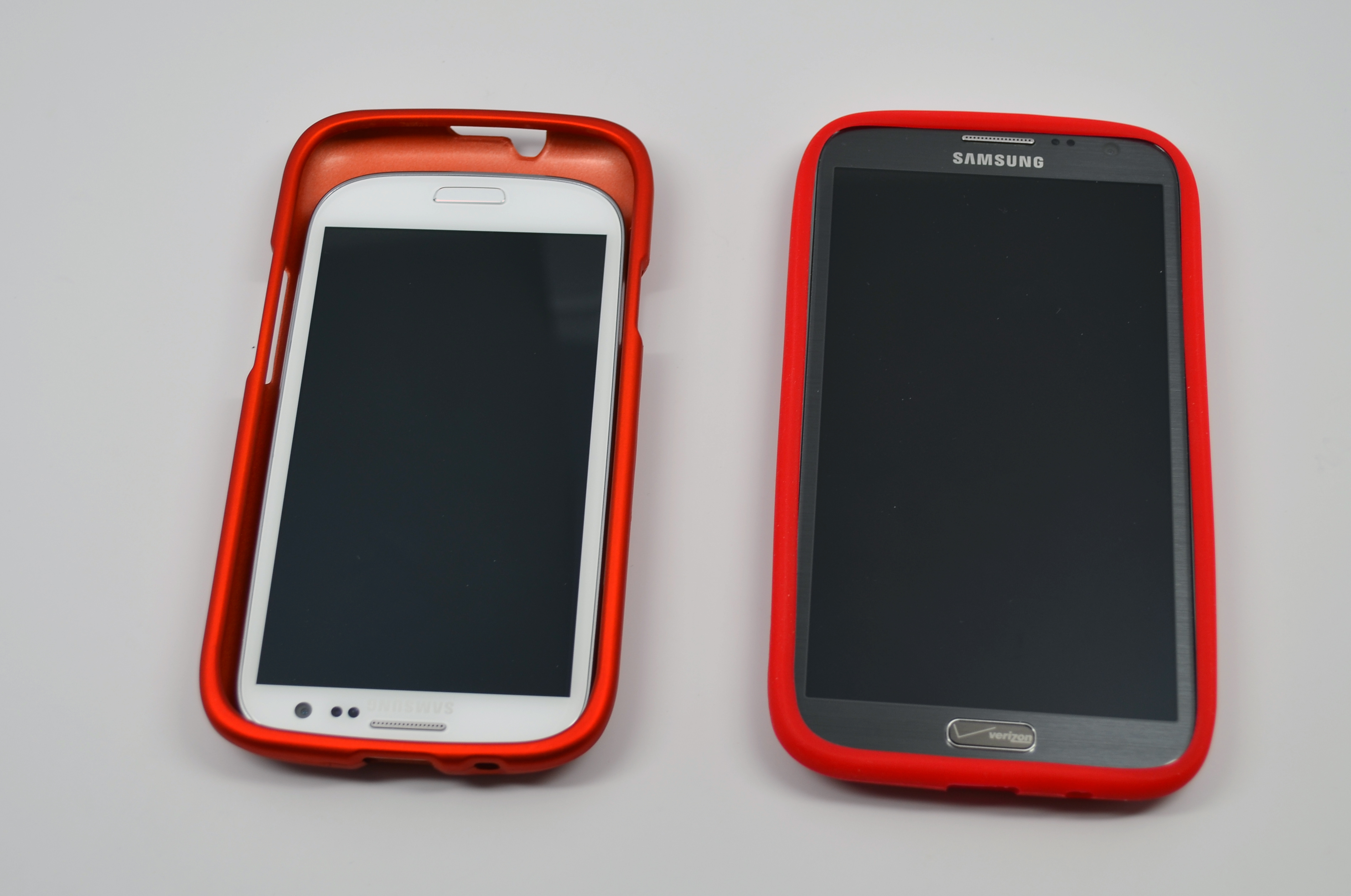 Samsung-Galaxy-S4-Cases-Hands-On-4.jpg