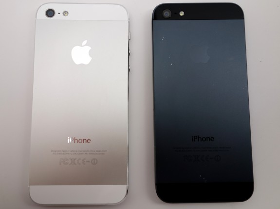 iphone-5-black-vs-white-4-575x43121