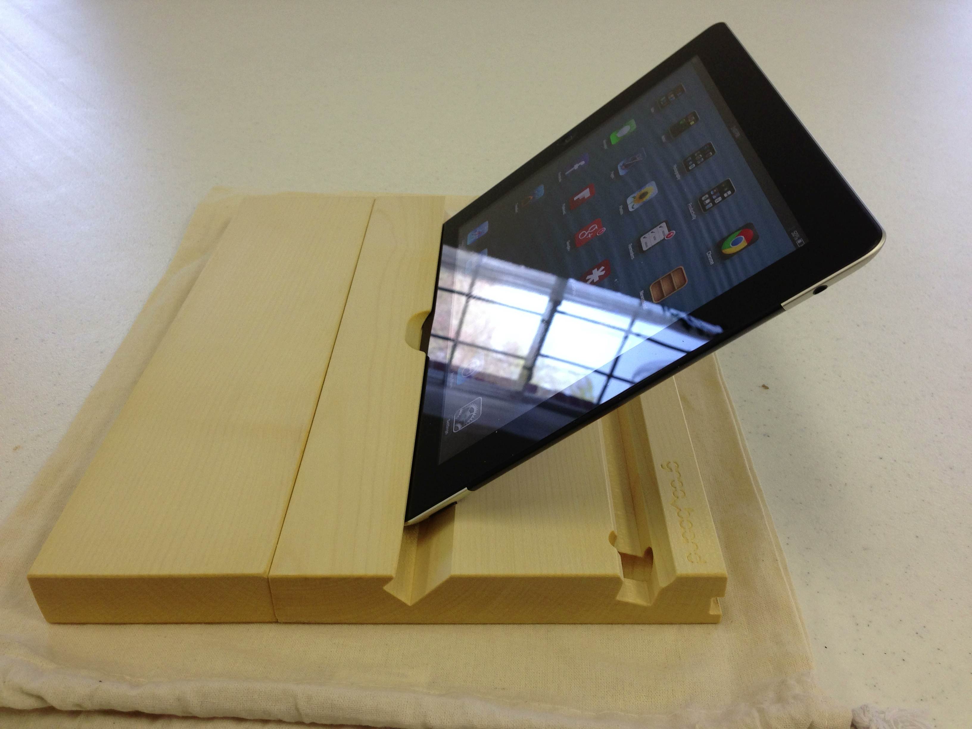 groovboard with iPad side view