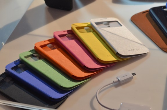 The Samsung Galaxy S4 only comes in two colors. The Motorola X Phone could come in 20.