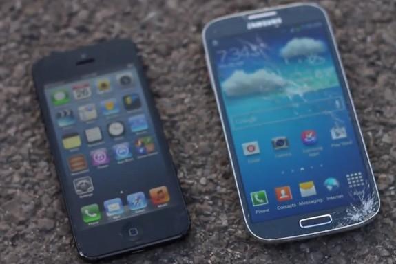 Galaxy_S4_iPhone_5_drop_test