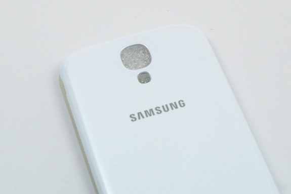 The AT&T Galaxy S4 has begun to ship to those who pre-ordered.