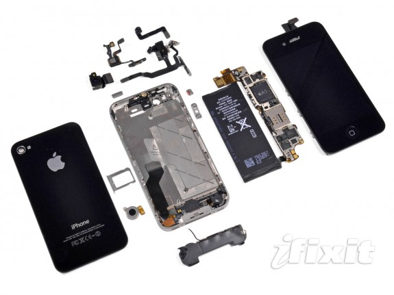 iPhone 4S parts from iFixit, show some of what scammers allegedly returned fake parts for in China.