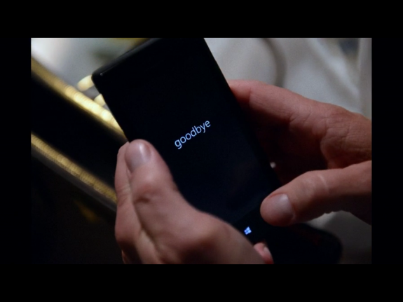 Washington's phone handled by an unauthorized party. It is a Windows Phone 8, and this time it seems that the HTC 8X may have been featured, a departure from the Lumia that Washington's character often uses on the show.