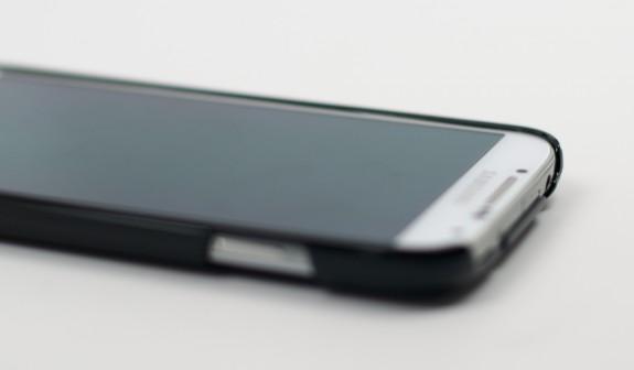 Samsung Galaxy S4 Case Review - Ultra Thin Air Spigen  7