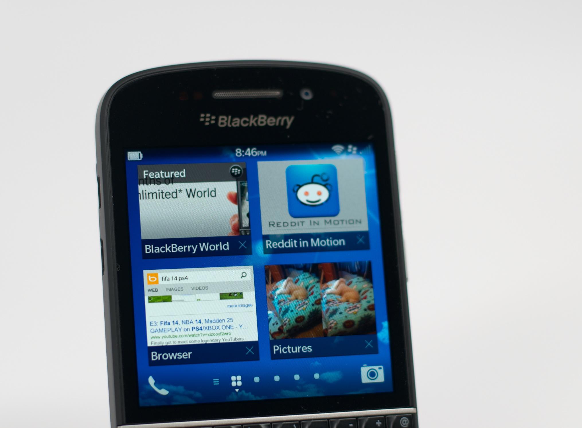 BlackBerry Q10 Review –  007