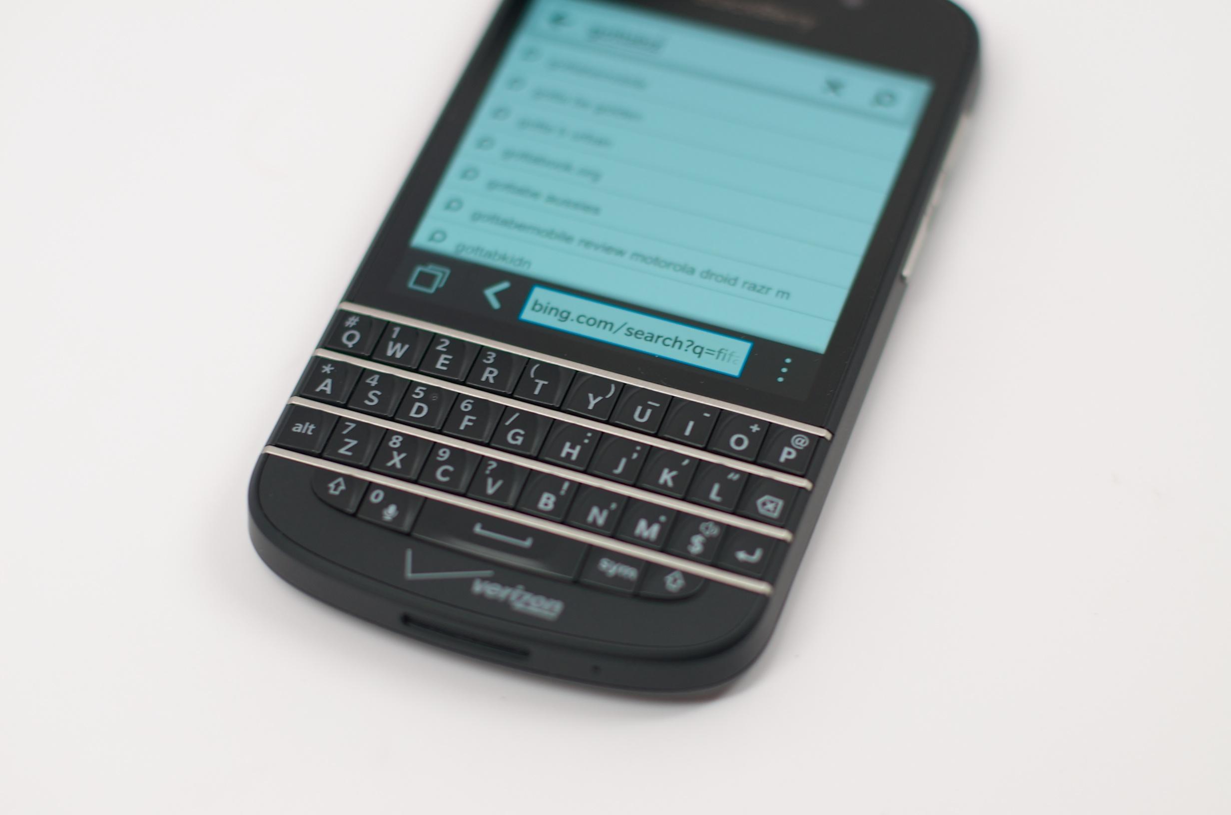 BlackBerry Q10 Review –  009