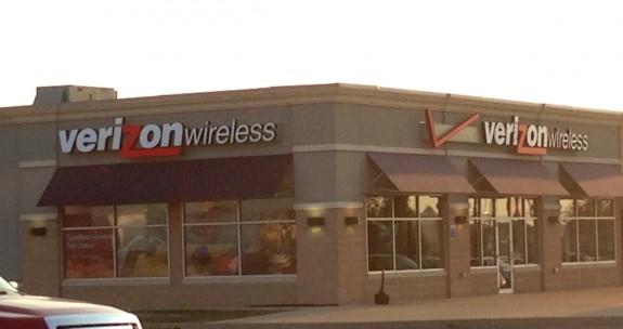 Here's what buyers need to know before heading to Verizon on the iPone 5s release date.