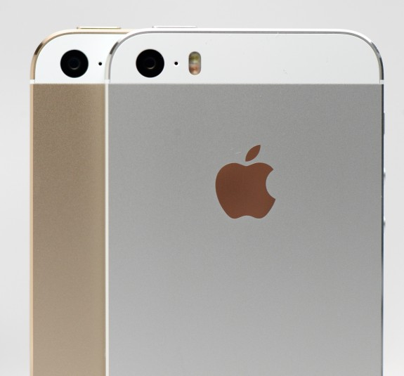 iphone-5s-review-gold-white 7