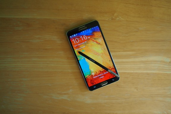 The AT&T Samsung Galaxy Note 3 arrives on steps timed to the T-Mobile Galaxy Note 3 release.