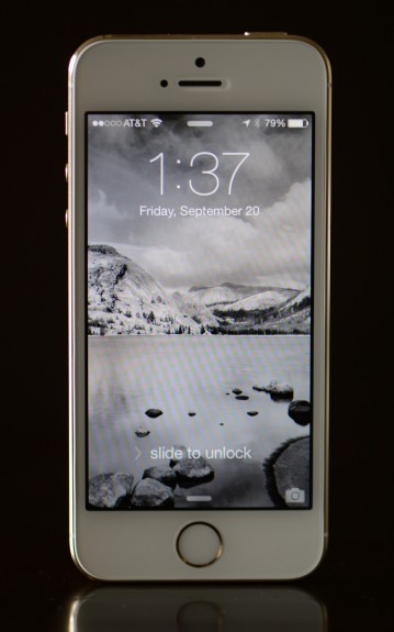 iphone-5s-review-f-bl