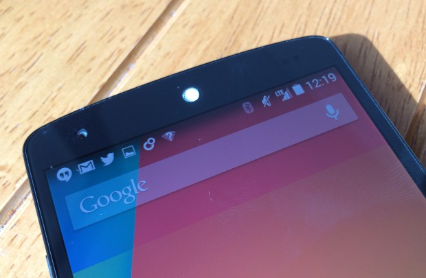 The Nexus 5 support 4G LTE for fast uploads and downloads.
