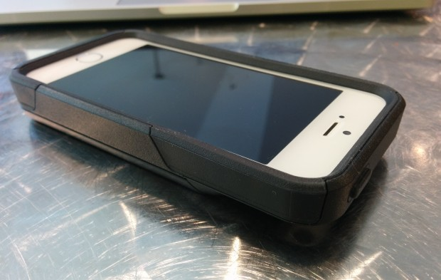 This OtterBox iPhone 5s or iPhone case protects the screen as well.