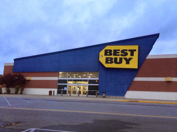 Here's what to expect at Best Buy on the Xbox One release date.