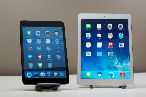 iPad Air vs. iPad mini screen showdown.