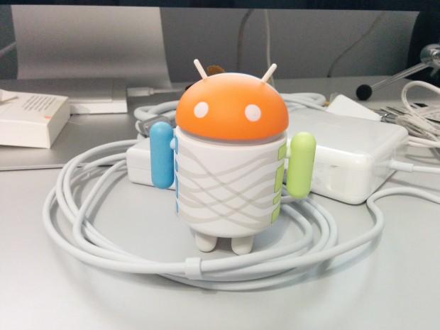 Nexus 5 Android 4.4.2 photos - 2