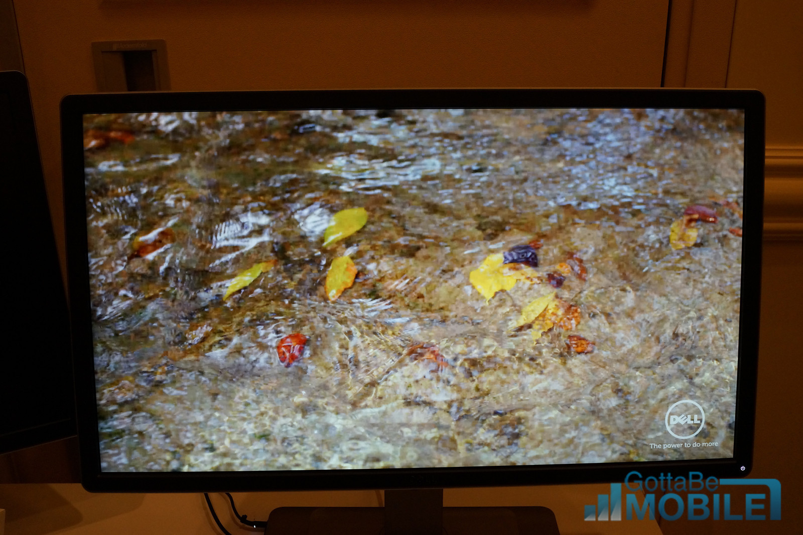 The Dell $699 4k monitor looks great.