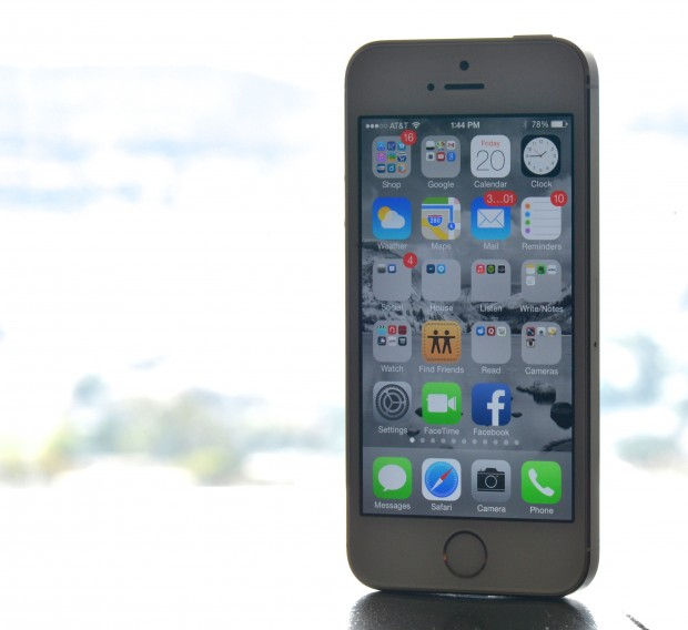 The screens on the iPhone 5s and iPhone 5c are the same.