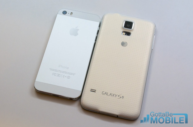 When you are comparing the Galaxy S5 vs iPhone 5s the plastic or metal materials are a big factor.