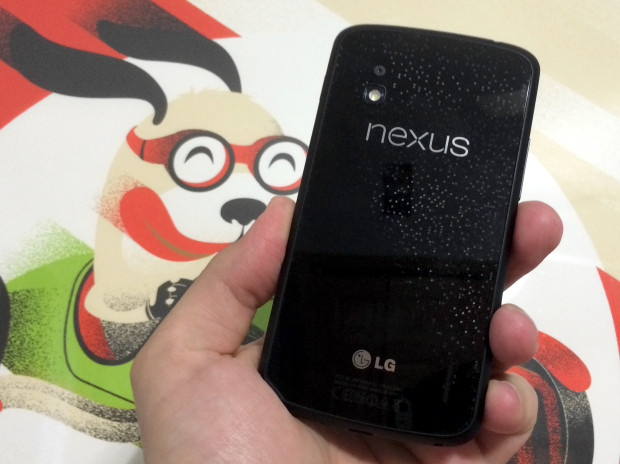 Developers are working on a Nexus 4 Android L port.