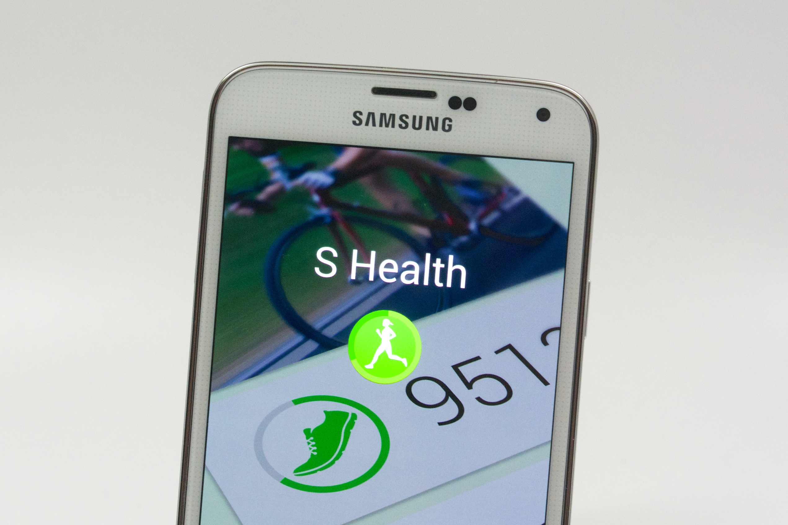 S Health is a built-in health tracking app that can use the Galaxy S5 heart rate sensor and connect to accessories like the Gear Fit.