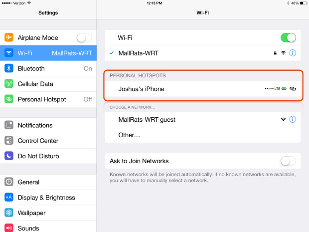 On iOS 8 devices and on a Mac with OS X Yosemite you'll see the signal strength and battery life of the device you use as an iOS 8 hotspot.