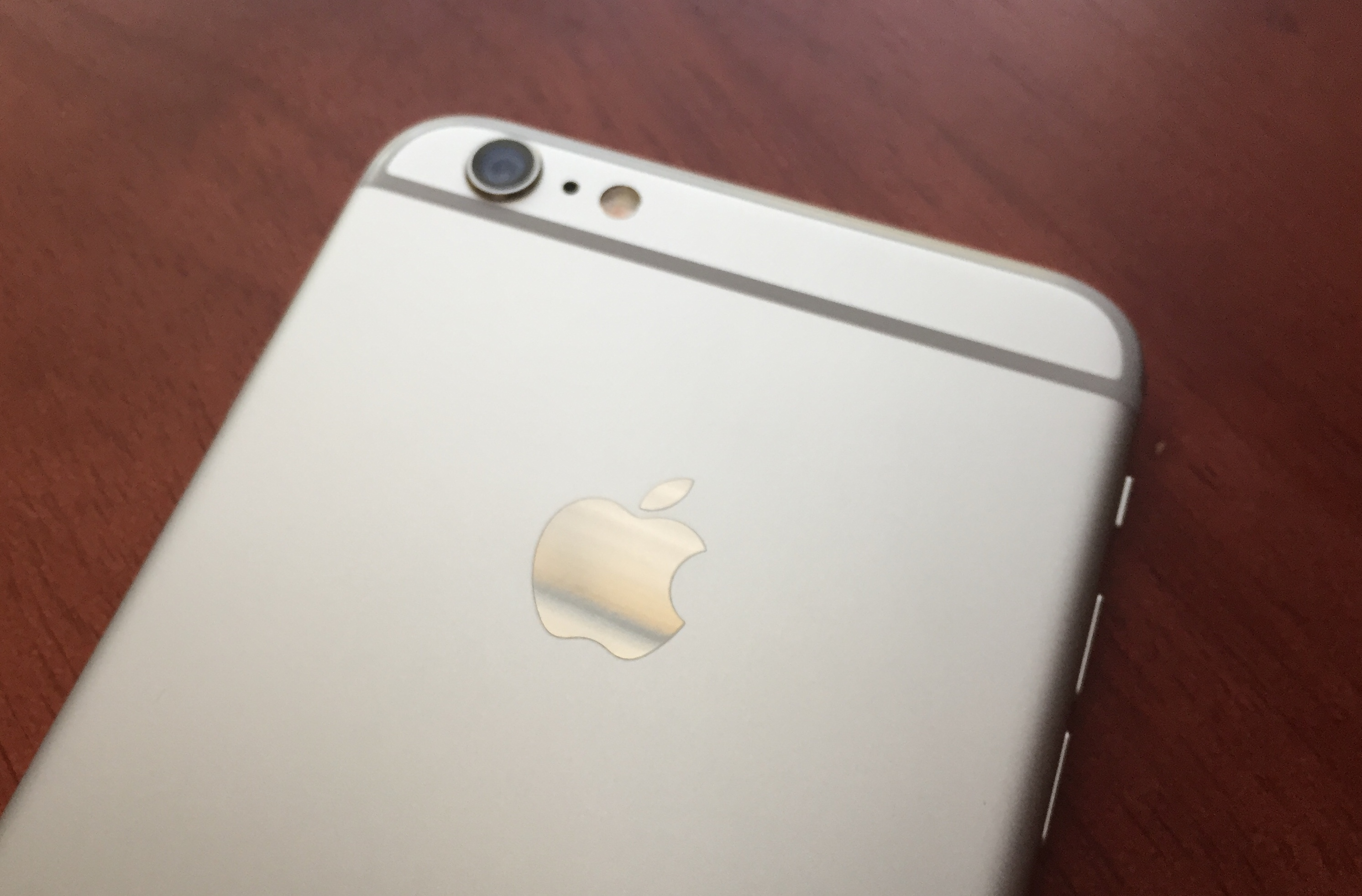Most users can install iOS 8.0.2 without worrying.