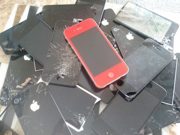 It's a good idea to look into iPhone 6 warranty and insurance options before you need them.