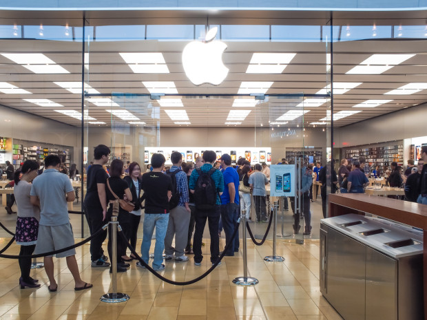This is how Apple plans to handle the iPhone 6 release date lines.