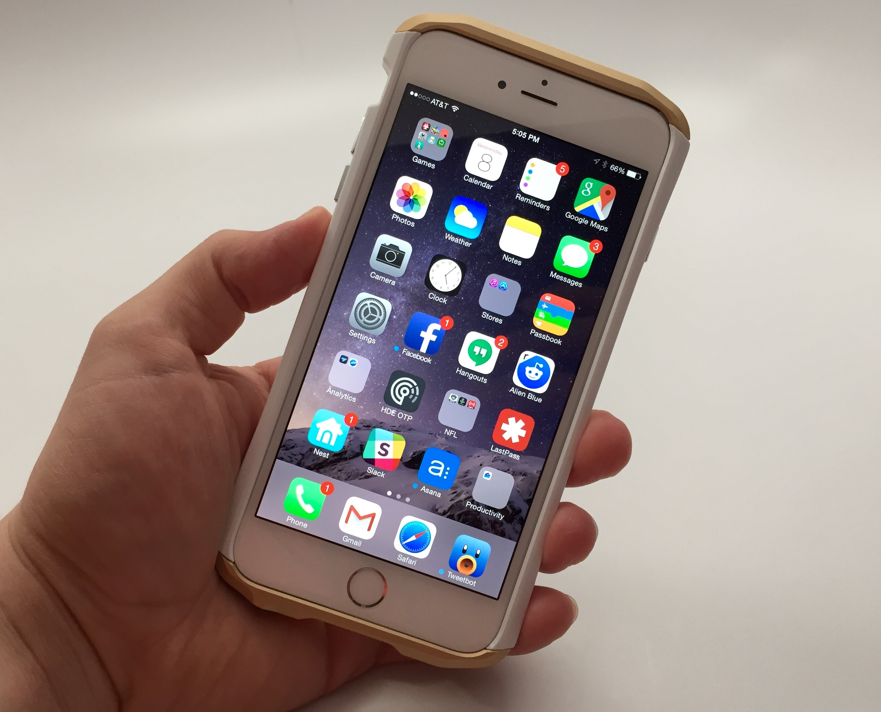 So far the iPhone 6 Plus connectivity is solid on iOS 8.3, and it promises fixes for WiFi problems.