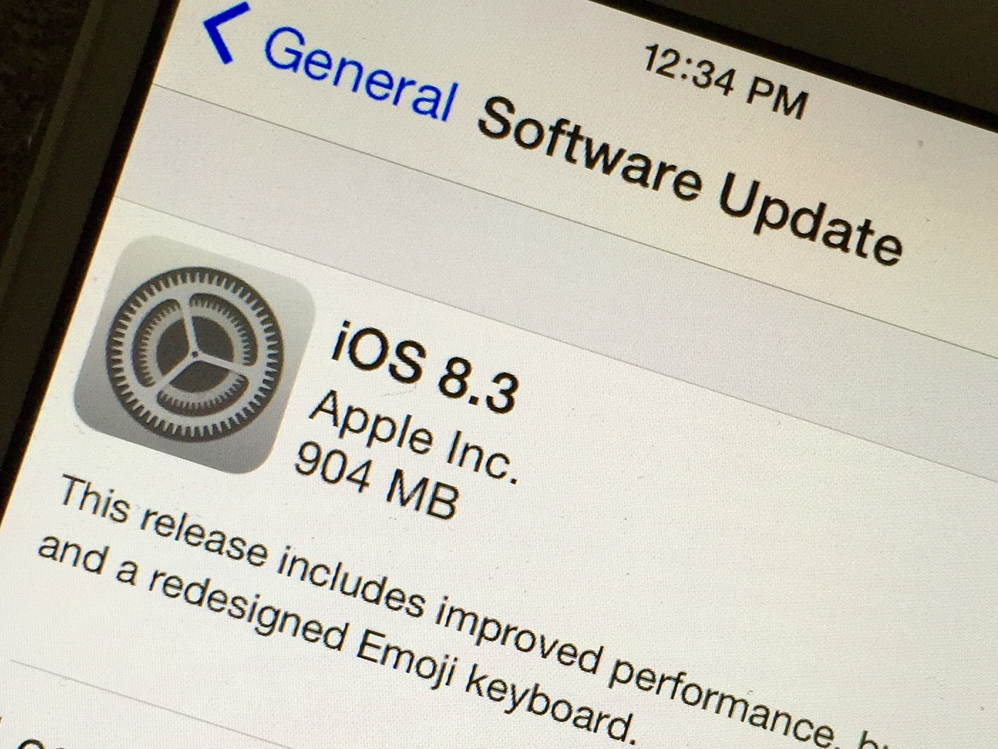 Most users can install the iOS 8.3 on the iPad 2.