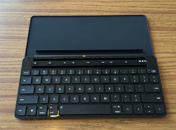 microsoft universal mobile keyboard open