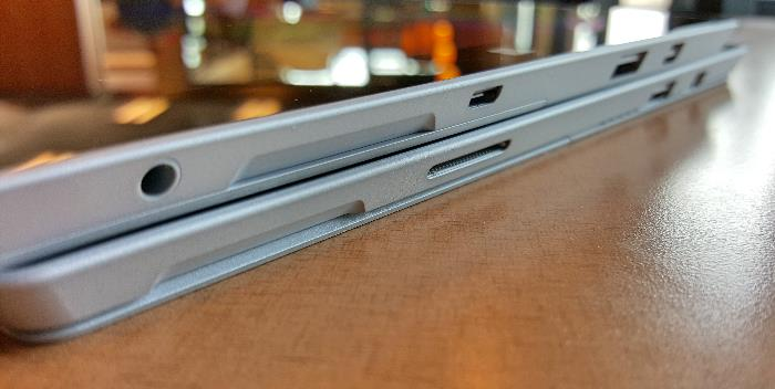 Microsoft Surface 3 on top of Surface Pro 3 right edge