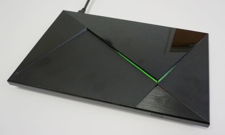 nvidia shield tv top light