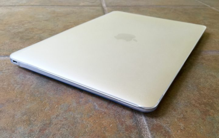 This is a slim and attractive MacBook case.