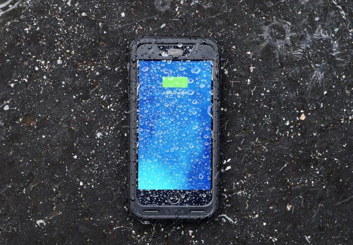 Mophie Juice Pack H2Pro iPhone 6s Plus Case