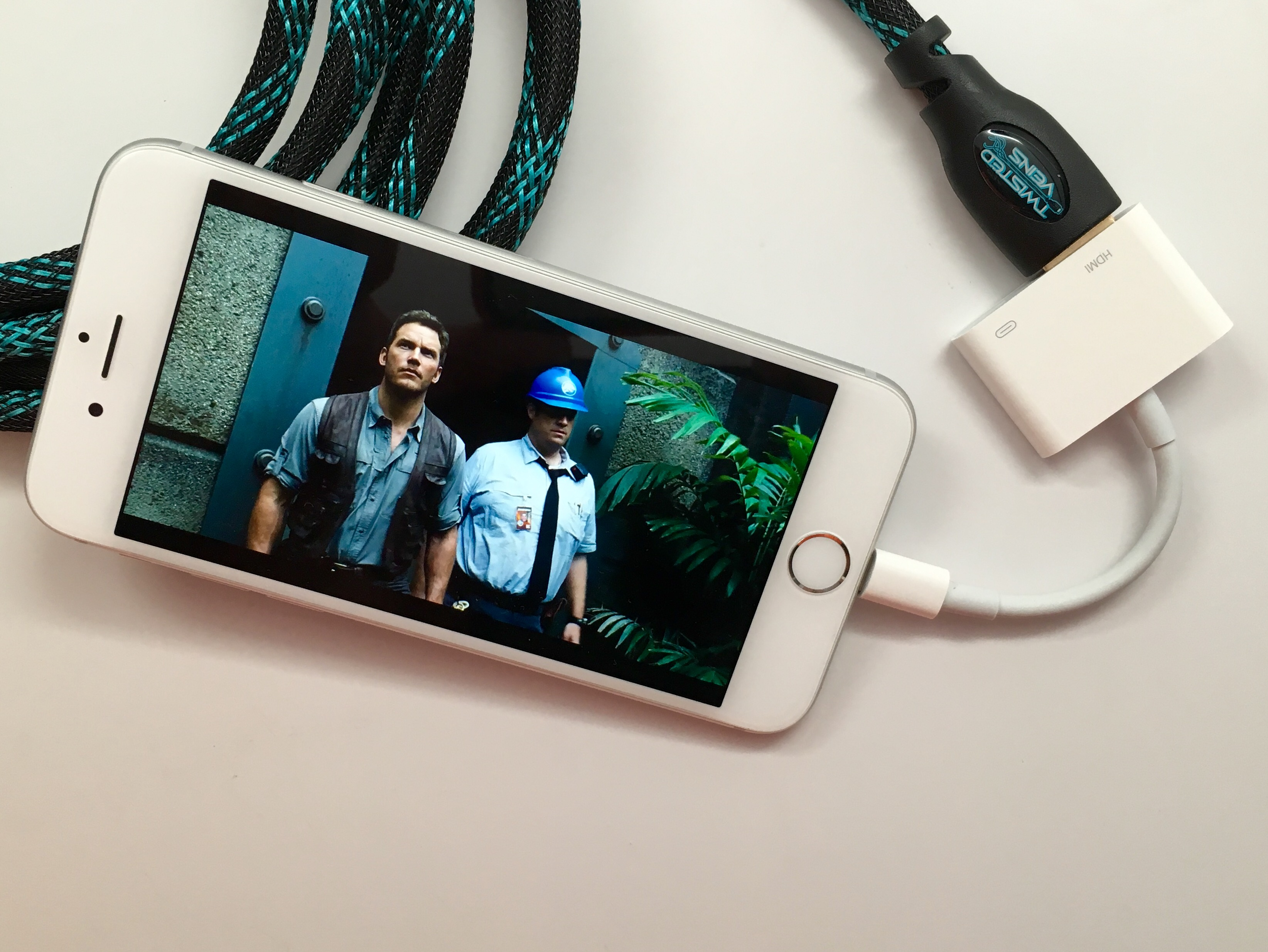 How to connect iPhone to TV with the Lightning to HDMI adapter.
