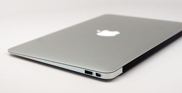 macbook-air-11-inch-review-11-625x319