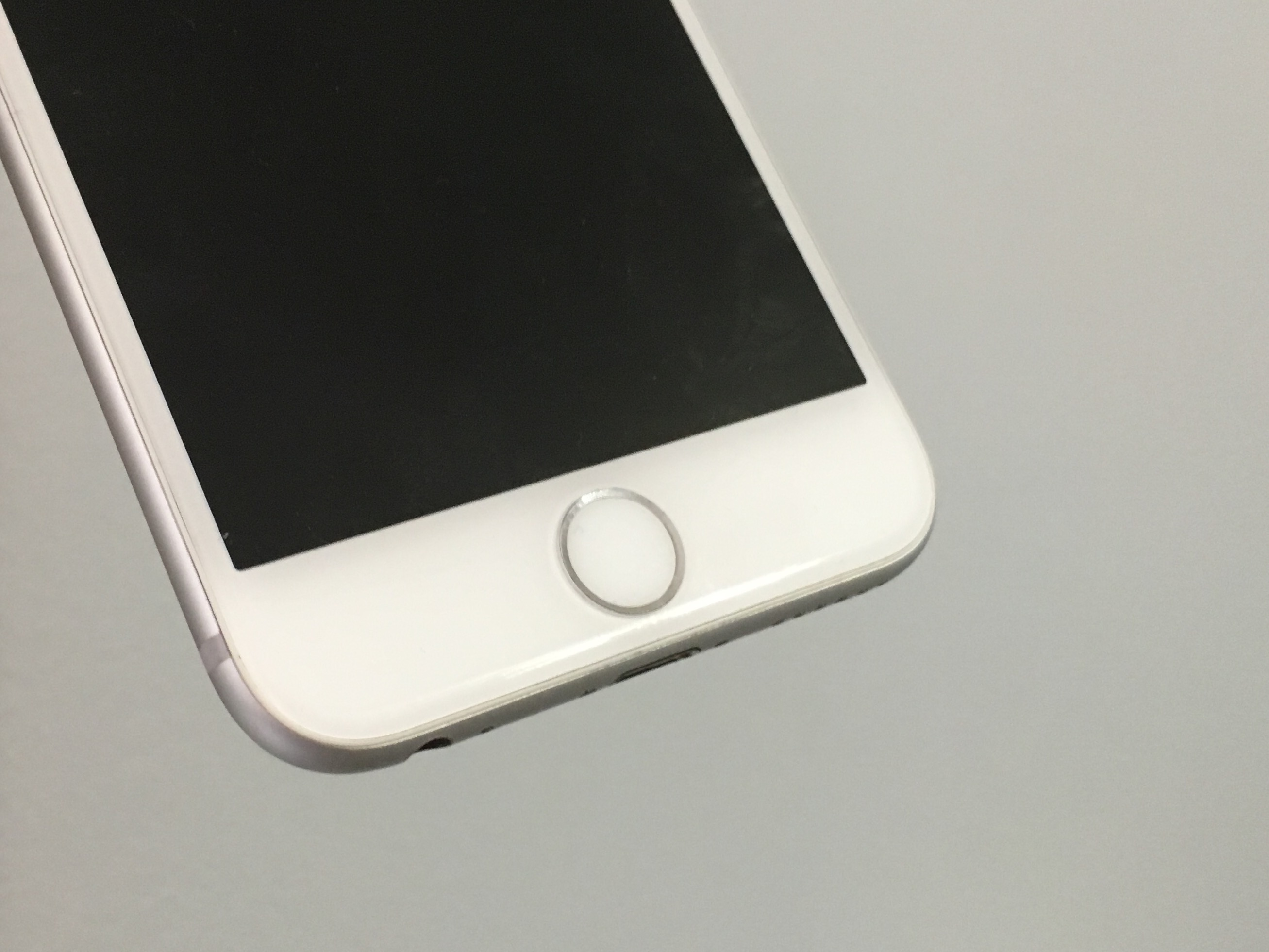 What you need to know about the iPhone 6 Error 53 problem.