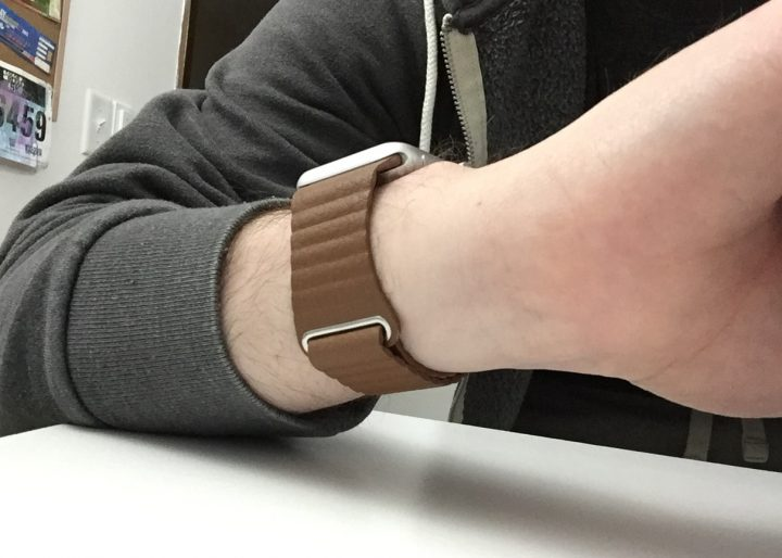 third-party-apple-watch-leather-loop-4