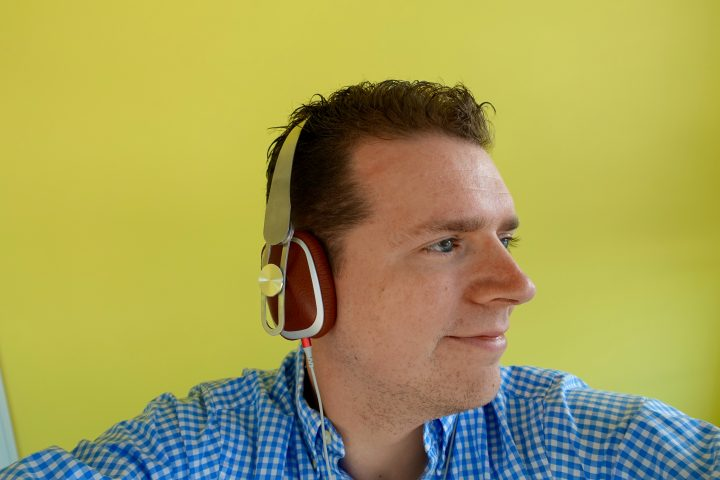 The Moshi Avanti headphones are comfortable.
