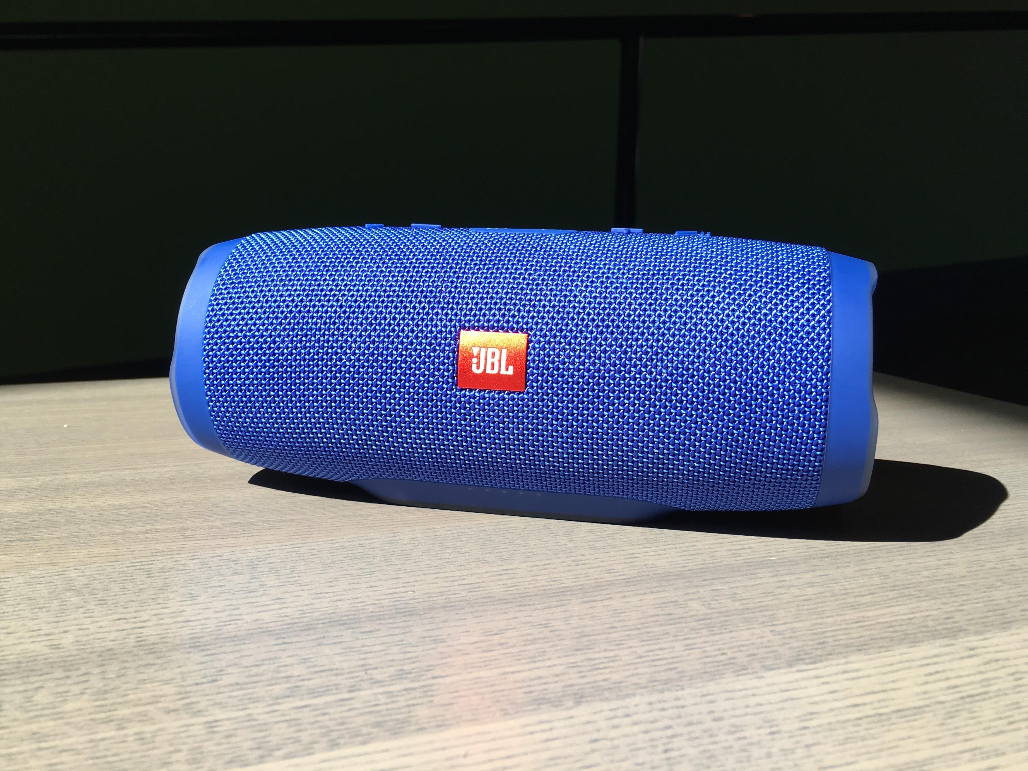 JBL Charge 3 Review – Waterproof Bluetooth speaker – 2